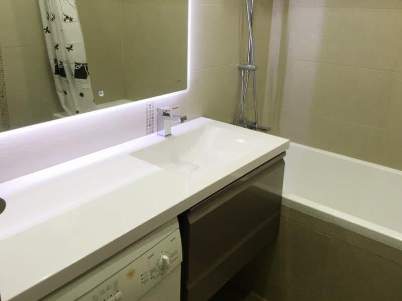 Столешница под ванную в цвет слоновой кости